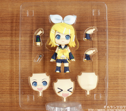Nendoroid Rin Kagamine (Version Cheerful Japan) - Vocaloid
